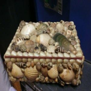 Seashell covered jewelry box